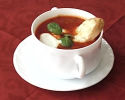 Włoski-krem-pomidorowy-z-grzanką